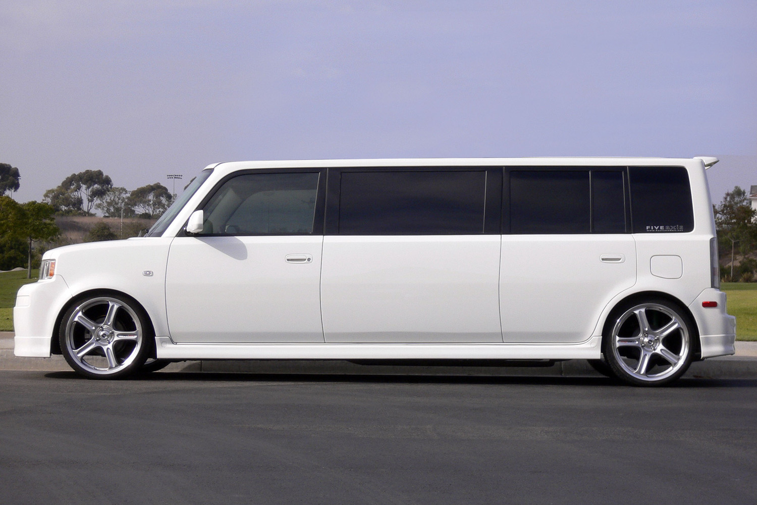 scion xb limo five axis. Black Bedroom Furniture Sets. Home Design Ideas
